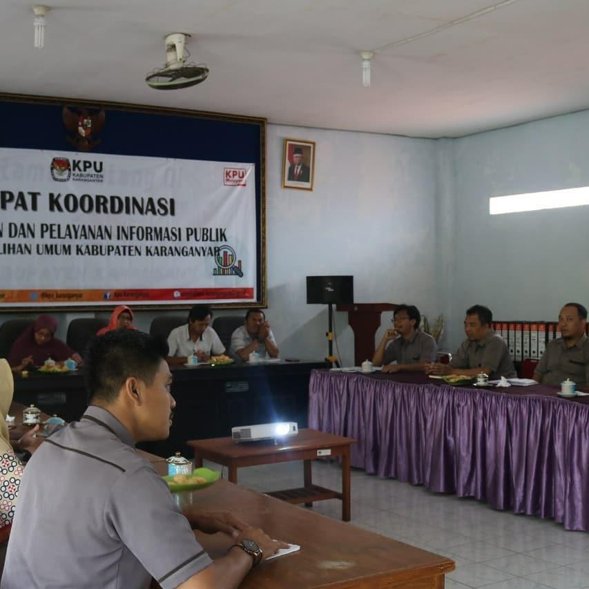 Rapat Koordinasi Pengelolaan dan Pelayanan Informasi Publik KPU Karanganyar (19/02/2020)